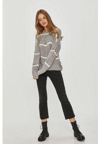 Szary sweter Answear Lab z dekoltem w łódkę, wakacyjny, długi