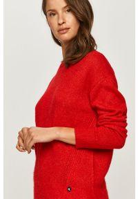 Czerwony sweter Calvin Klein Jeans na co dzień, z długim rękawem