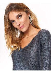 Szary sweter TOP SECRET w kolorowe wzory, na zimę