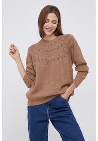 Mos Mosh - Sweter z domieszką wełny. Kolor: brązowy. Materiał: wełna. Długość rękawa: długi rękaw. Długość: długie. Wzór: ze splotem
