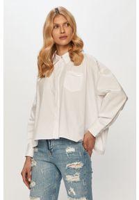 Biała koszula Silvian Heach gładkie, klasyczna, z długim rękawem