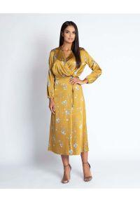Żółta sukienka wizytowa Dursi midi, z kopertowym dekoltem, kopertowa