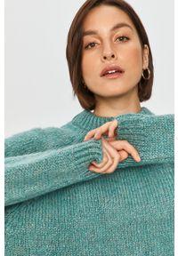 Miętowy sweter Answear Lab raglanowy rękaw, melanż, wakacyjny