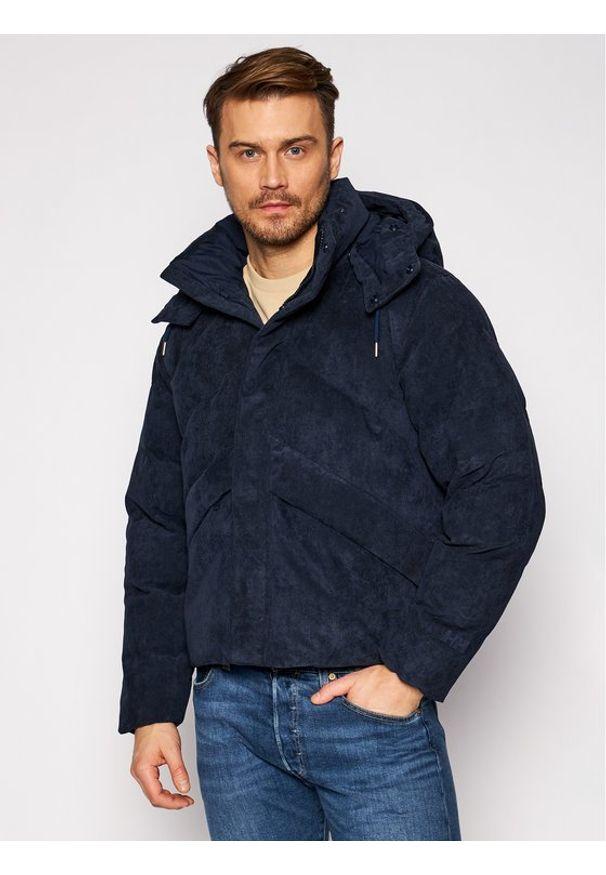 Niebieska kurtka puchowa Helly Hansen na zimę