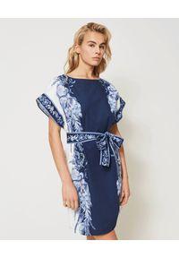 TwinSet - TWINSET - Mini sukienka w niebiesko-biały wzór. Kolor: biały. Materiał: bawełna. Sezon: lato, wiosna. Długość: mini