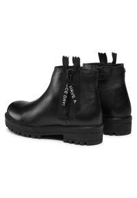Czarne buty zimowe Gioseppo z aplikacjami, z cholewką, na spacer