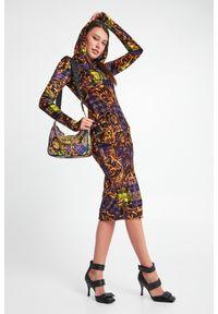 Versace Jeans Couture - SUKIENKA VERSACE JEANS COUTURE. Materiał: welur. Wzór: kratka, kolorowy. Typ sukienki: dopasowane. Długość: midi