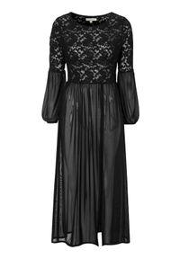 Czarna sukienka Truly mine casualowa, w koronkowe wzory