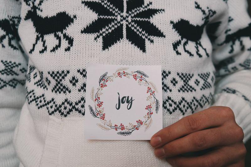 sweter w norwski wzór