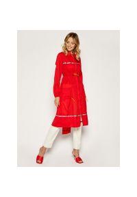 Czerwony płaszcz Patrizia Pepe