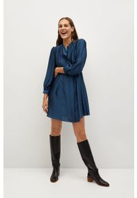 Niebieska sukienka mango z długim rękawem, prosta