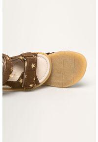 Brązowe sandały Mrugała na rzepy