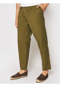 Imperial Spodnie materiałowe PD2JBLE5KU Zielony Regular Fit. Kolor: zielony. Materiał: materiał