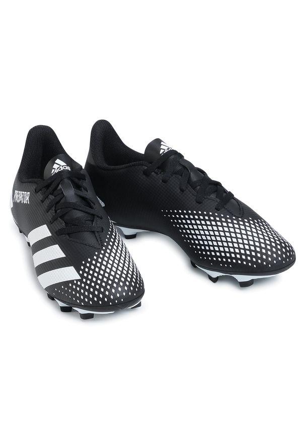 Czarne buty do piłki nożnej Adidas z cholewką
