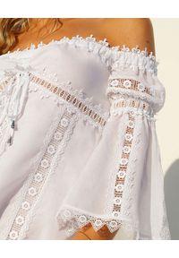 CHARO RUIZ IBIZA - Koronkowa sukienka Campana. Kolor: biały. Materiał: koronka. Wzór: aplikacja, koronka. Typ sukienki: rozkloszowane