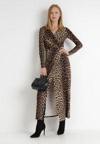 Born2be - Czarno-Beżowa Sukienka Mellona. Typ kołnierza: dekolt w kształcie V. Kolor: wielokolorowy, beżowy, czarny. Materiał: dzianina, materiał. Długość rękawa: długi rękaw. Wzór: gładki. Typ sukienki: kopertowe. Styl: glamour, elegancki. Długość: maxi