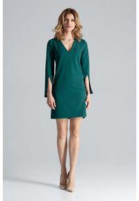 Figl - Zielona Sukienka Koktajlowa Mini z Rozciętym Rękawem. Kolor: zielony. Materiał: wiskoza, poliester. Styl: wizytowy. Długość: mini
