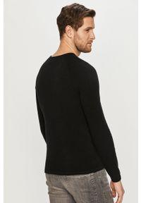 Jack & Jones - Sweter. Okazja: na co dzień. Kolor: czarny. Długość rękawa: długi rękaw. Długość: długie. Styl: casual