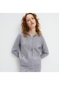 Szary sweter Mohito z kapturem