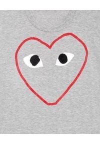 COMME DES GARCONS PLAY - Szary t-shirt z dużym sercem. Kolor: szary. Materiał: jeans. Styl: klasyczny
