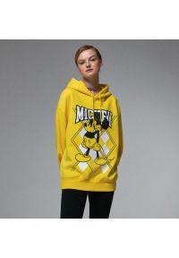 House - Bluza ze wściekłym Mickey Mouse - Żółty. Kolor: żółty. Wzór: motyw z bajki