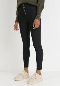Born2be - Czarne Spodnie Skinny Lalea. Stan: podwyższony. Kolor: czarny. Długość: długie
