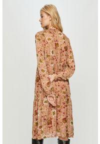 Wielokolorowa sukienka Vero Moda na co dzień, midi, z długim rękawem