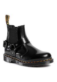 Czarne buty zimowe Dr. Martens
