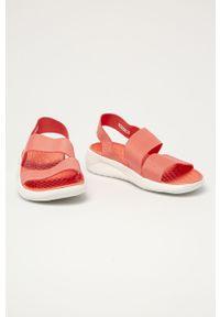 Pomarańczowe sandały Crocs gładkie, na obcasie, na średnim obcasie #4