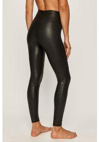 Czarne legginsy Spanx z podwyższonym stanem