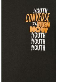 Czarny t-shirt Converse casualowy, na co dzień, z okrągłym kołnierzem, z nadrukiem