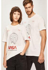 Biały t-shirt Puma z nadrukiem