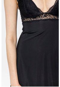 Czarna piżama Henderson Ladies w koronkowe wzory