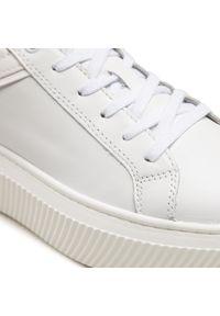 Tamaris - Sneakersy TAMARIS - 1-23774-26 White/Wht Pat. 111. Okazja: na co dzień. Kolor: biały. Materiał: skóra ekologiczna, materiał. Szerokość cholewki: normalna. Styl: casual
