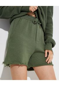 SER.O.YA - Zielone spodenki z bawełny Chris. Kolor: zielony. Materiał: bawełna