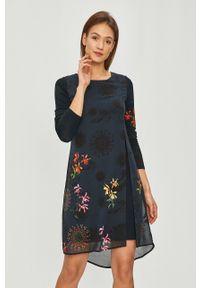 Niebieska sukienka Desigual rozkloszowana, casualowa, z długim rękawem