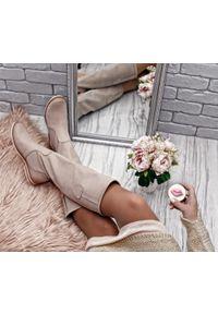 Zapato - kozaki - skóra naturalna - model 127 - kolor cappuccino. Wysokość cholewki: przed kolano. Nosek buta: okrągły. Zapięcie: zamek. Materiał: skóra. Szerokość cholewki: normalna. Wzór: moro, aplikacja. Sezon: lato, jesień, wiosna, zima. Styl: sportowy, klasyczny, militarny