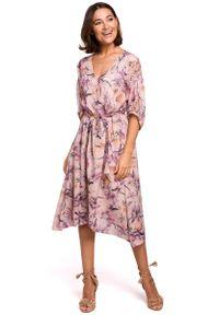 MOE - Sukienka midi w Kwiaty - Model 2. Materiał: poliester. Wzór: kwiaty. Długość: midi