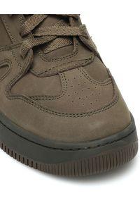 ISABEL MARANT - Sneakersy Brooklee w kolorze khaki. Okazja: na co dzień. Zapięcie: rzepy. Kolor: zielony. Materiał: wełna. Szerokość cholewki: normalna. Wzór: aplikacja. Obcas: na koturnie