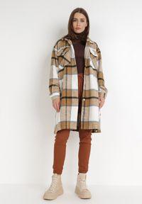 Born2be - Ciemnobeżowa Koszula Nemolis. Kolor: beżowy. Materiał: tkanina, jeans. Długość: długie. Wzór: aplikacja