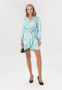 Miętowa sukienka mini Born2be