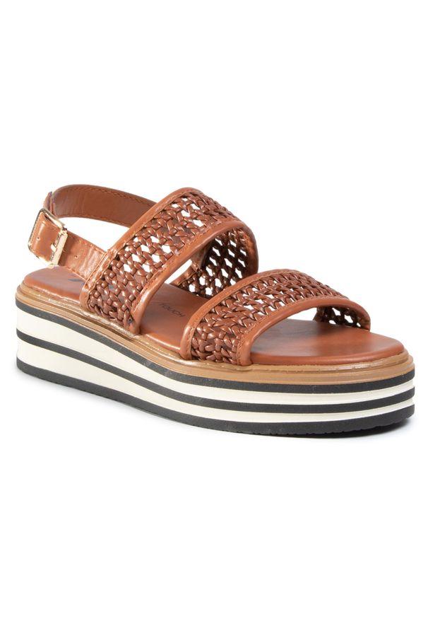 Brązowe sandały Xti casualowe, na co dzień