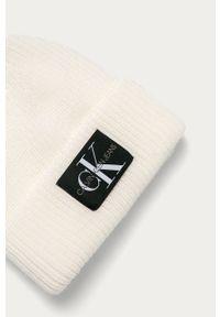 Biała czapka Calvin Klein Jeans