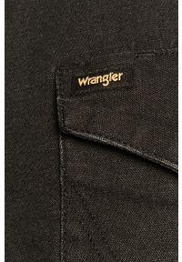 Czarna koszula Wrangler z klasycznym kołnierzykiem, casualowa