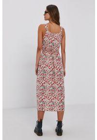 Vero Moda - Sukienka. Kolor: beżowy. Materiał: tkanina, wiskoza, materiał. Długość rękawa: na ramiączkach. Typ sukienki: rozkloszowane