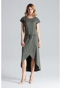 Figl - Zielona Ciekawa Sukienka z Wiązanymi Troczkami w Pasie. Kolor: zielony. Materiał: wiskoza, elastan