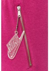 Fioletowe spodnie dresowe Nike Sportswear