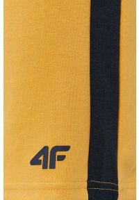 4f - 4F - Szorty. Okazja: na co dzień. Kolor: żółty. Styl: casual