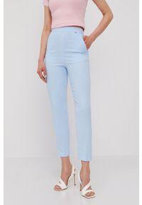 Nissa - NISSA - Spodnie. Okazja: na co dzień. Kolor: niebieski. Materiał: tkanina. Styl: casual