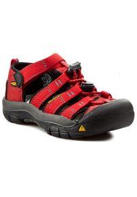 Czerwone sandały keen